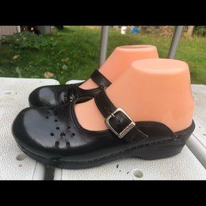 Dansko  Black Leather Slide On Sandals size 39